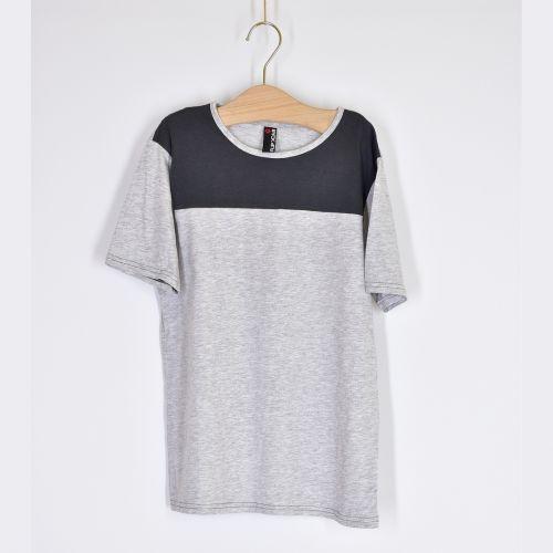 Lehké tričko, vel. 146